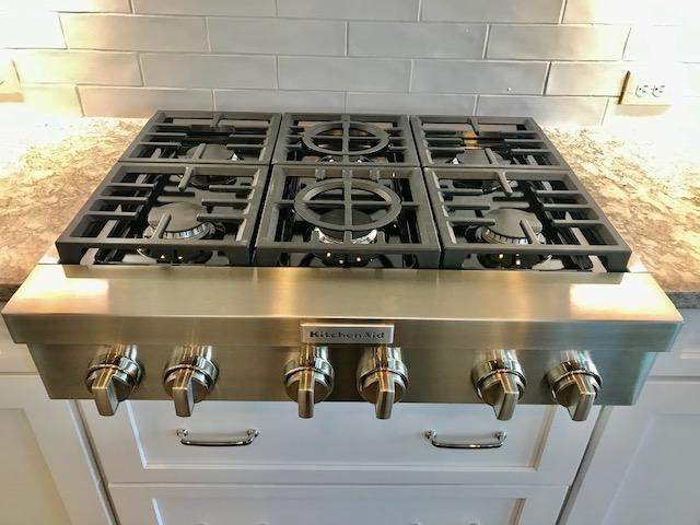 Deb kitchen cooktop